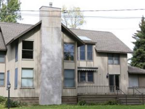 838 Oak Street